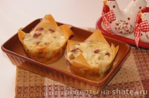 Кексы из кабачка с колбасой и брынзой